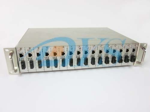 China Singlemode Optical Fiber Media Converter IEEE802.3u With 16 Slot supplier