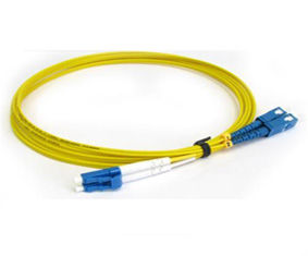China High Return Loss Yellow Color SC-LC Optical Fiber Patch Cord Singlemode supplier